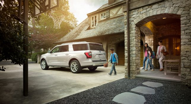 travel in a Ford SUV - 2018 Ford Expedition